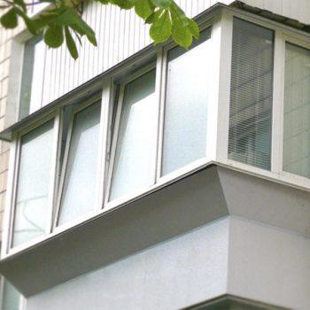Вынос балкона по подоконнику.