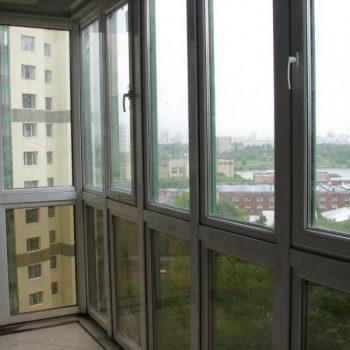 Остекление балкона с бронированием.