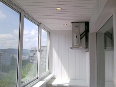 Остекление балконов и лоджий в Томске от производителя пластиковых окон СТК БЭСТ. Остекление балконов под ключ, включая утепление и отделку.