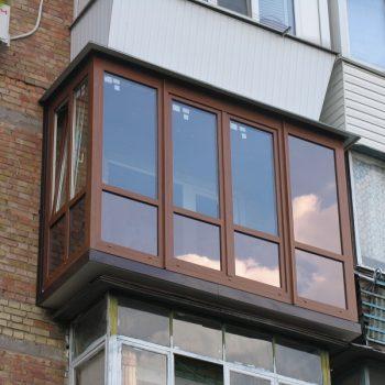 Остекление балкона в пол с утеплением.