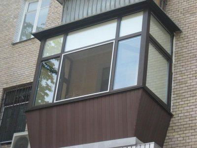 Отделка балконов в Томске. Индивидуальный дизайн балкона под ключ, лоджии отделка интересные идеи и фото. Низкие цены на отделку балконов.